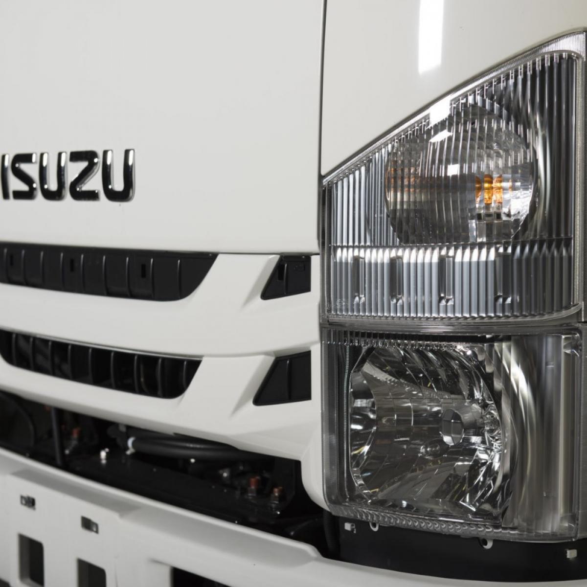 Isuzu M21 Active